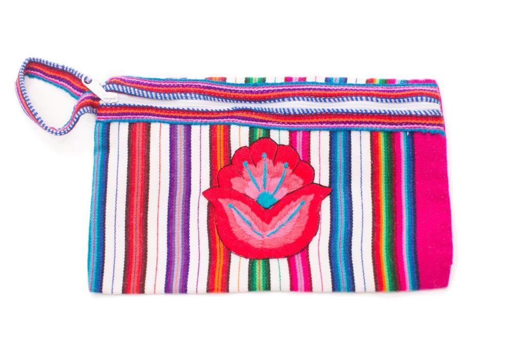 Amanda_Smiles_RuraqMaki_Embroidered Cosmetic_5